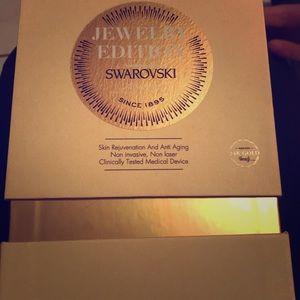 AVOLOGI ENEO 24K GOLD SWAROVSKI